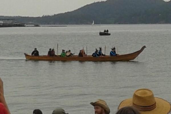 Lummi canoe